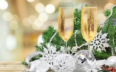 Рождество, новый год, праздник, декорация, ветки, ель, ёлка, игрушки, украшения, снежинки, бусы, бокалы, шампанское, боке