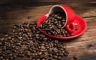 зерна кофе, красная чашка, кофе