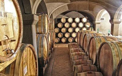 Погреб, Вино, Монтальчино, вина Брунелло, Тоскана, Италия