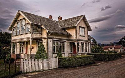 Закат, Улица, Старый деревянный дом, Рогаланд, Норвегия