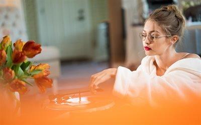 Джиджи Хадид, Gigi Hadid, американская супермодель, American model, Джелена Нура Хадид, Jelena Noura Hadid