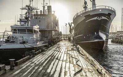 Корабли, Причал, Порт