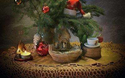ветки, свеча, новый год, колпак, ёлка, рождество, игрушки, чашка, коробка, праздник, стол, стиль