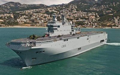 десантный корабль, типа Мистраль, La classe Mistral, FS Mistral, корабль-вертолётоносец, L9015, Мистраль