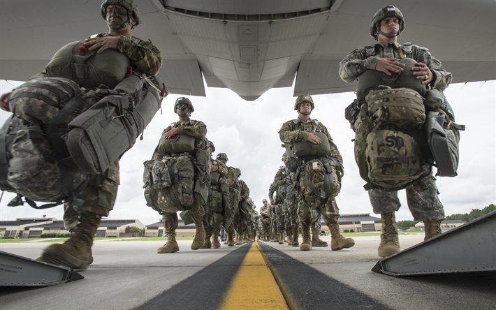 Северная Каролина, Воздушно-десантная дивизия, военно-транспортный самолет, Геркулес, Hercules C-130