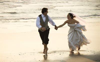 люди, жених, невеста, пара, свадьба, природа, берег, вода, волна, сумерки