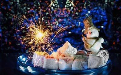 праздник, новый год, тарелка, сладости, лукум, игрушка, снеговик, боке, искры