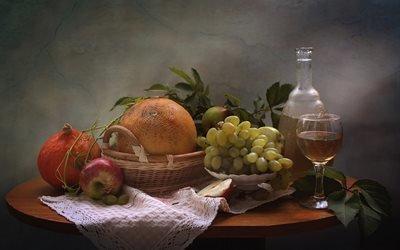 натюрморт, столик, салфетка, корзинка, фрукты, овощи, тыква, дыня, яблоки, ягоды, виноград, ветки, листья, графин, бокал