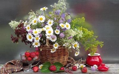 натюрморт, цветы, ромашки, трава, листья, корзинка, полотенце, ягоды, клубника, горшочек