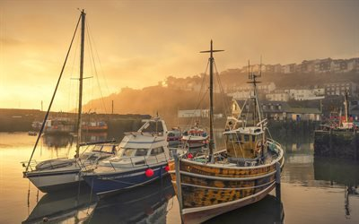 Рассвет, Бухта, Рыбацкие лодки, Меваджисси, графство Корнуолл, Британия