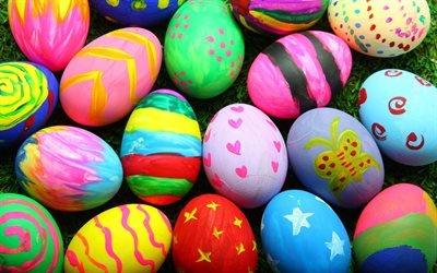пасхальные яйца, 4к, трава, Пасха, пасхальные декорации, разноцветные яйца