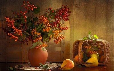 корзина, груши, фрукты, натюрморт, ягоды, ветки, калина, стол, салфетка, ваза