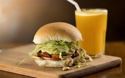 Вегетарианский гамбургер, грибы, моцарелла, салат и майонез, Vegetarian Hamburger, mushrooms, Mozzarella, salad and mayonnaise
