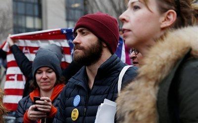 Джейк Джилленхол, Женский марш против Дональда Трампа, Вашингтон, Jake Gyllenhaal, Womens March, Washington