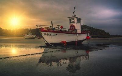 Море, Закат, Пляж, Маленькая рыбацкая лодка