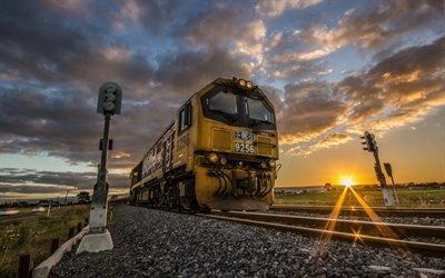 Железная дорога, Семафор, Старый локомотив, Новая Зеландия