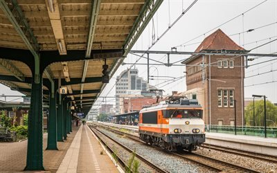 Железнодорожный вокзал, Платформа, Локомотив, Амстердам
