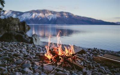 костёр на берегу, костёр, горящий костёр, огонь, языки пламени, багаття на березі, озеро, багаття, палаюче вогнище, вогонь, язики полум'я