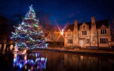город, водоём, вода, дома, ёлка, новый год, рождество, ночь
